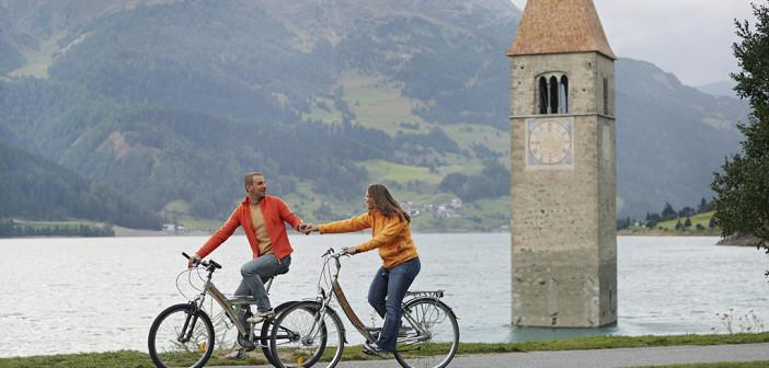 Radfahren am Reschensee